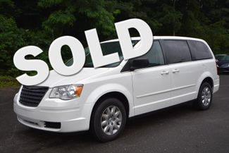 2010 Chrysler Town & Country LX Naugatuck, Connecticut