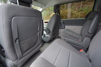2010 Chrysler Town & Country Touring Naugatuck, Connecticut 11