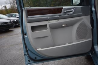 2010 Chrysler Town & Country Touring Naugatuck, Connecticut 18
