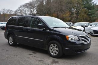 2010 Chrysler Town & Country Touring Naugatuck, Connecticut 6