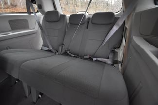 2010 Chrysler Town & Country Touring Naugatuck, Connecticut 9