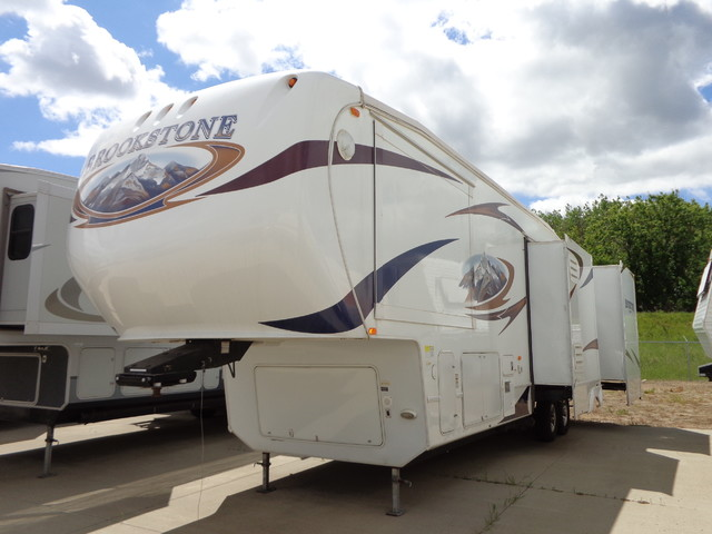2010 Coachmen Brookstone 367RLS Mandan, North Dakota 1