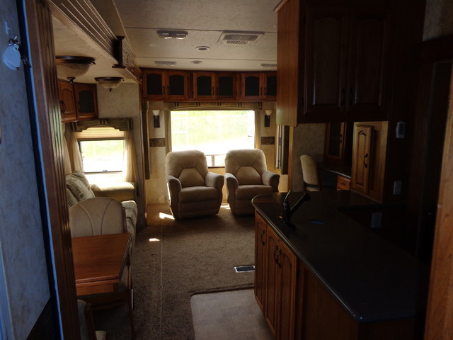 2010 Coachmen Brookstone 367RLS Mandan, North Dakota 11