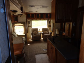 2010 Coachmen Brookstone 367RLS Mandan, North Dakota 11
