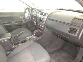 2010 Dodge Avenger SXT Gardena, California 8
