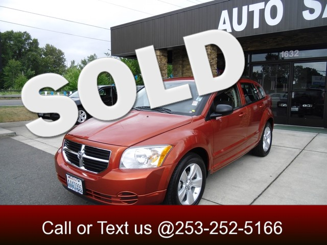 2010 Dodge Caliber SXT Our 2010 Caliber SXT boasts a 20-liter four-cylinder engine replacing a pr