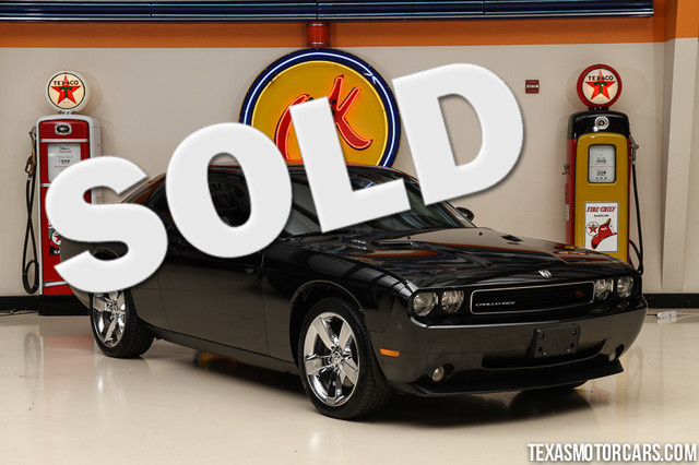 2010 Dodge Challenger RT This 2010 Dodge Challenger RT is in great shape with only 61 852 miles