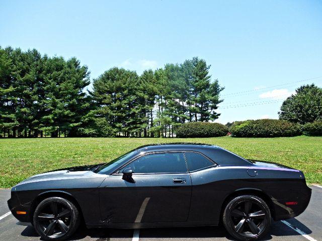 2010 Dodge Challenger SE Leesburg, Virginia 4