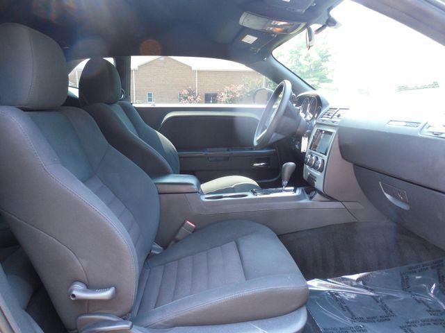 2010 Dodge Challenger SE Leesburg, Virginia 13