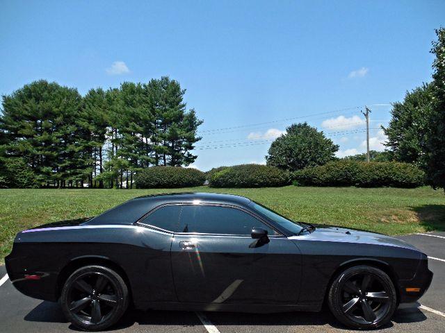 2010 Dodge Challenger SE Leesburg, Virginia 5