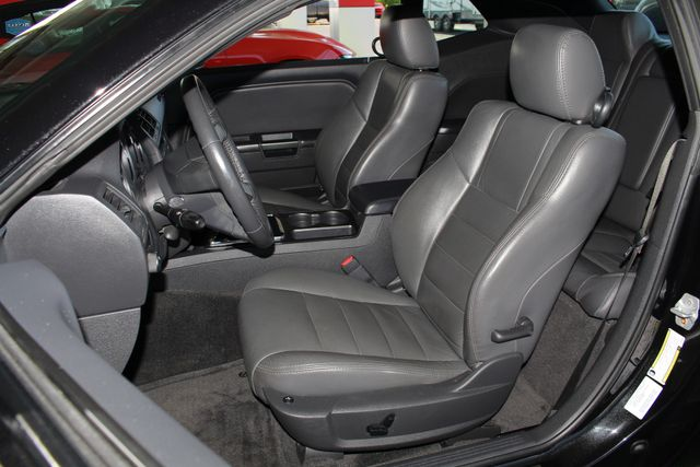 2010 Dodge Challenger R/T RWD - SUNROOF - HEATED LEATHER! Mooresville , NC 7