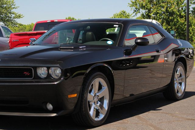 2010 Dodge Challenger R/T RWD - SUNROOF - HEATED LEATHER! Mooresville , NC 26