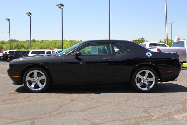 2010 Dodge Challenger R/T RWD - SUNROOF - HEATED LEATHER! Mooresville , NC 17