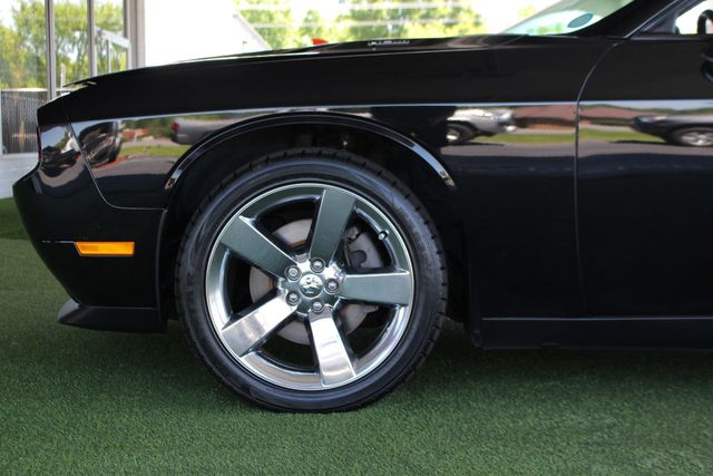 2010 Dodge Challenger R/T RWD - SUNROOF - HEATED LEATHER! Mooresville , NC 21