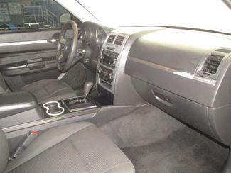 2010 Dodge Charger SXT Gardena, California 8