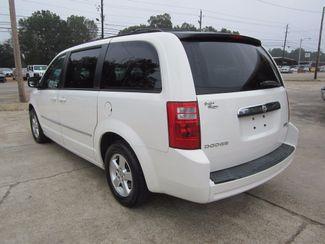 2010 Dodge Grand Caravan SXT Houston, Mississippi 4