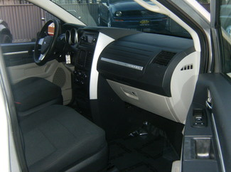 2010 Dodge Grand Caravan SE Los Angeles, CA 10