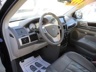 2010 Dodge Grand Caravan SXT Milwaukee, Wisconsin 6