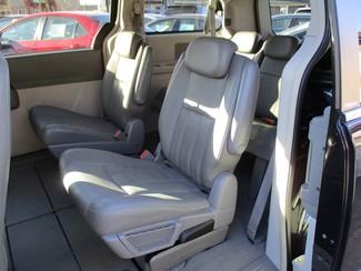 2010 Dodge Grand Caravan SXT Milwaukee, Wisconsin 10
