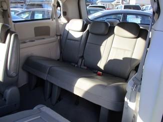 2010 Dodge Grand Caravan SXT Milwaukee, Wisconsin 11