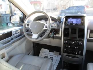 2010 Dodge Grand Caravan SXT Milwaukee, Wisconsin 13