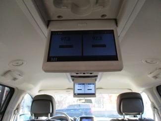 2010 Dodge Grand Caravan SXT Milwaukee, Wisconsin 16