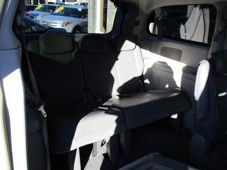 2010 Dodge Grand Caravan SXT Milwaukee, Wisconsin 17