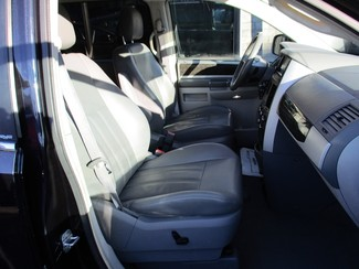 2010 Dodge Grand Caravan SXT Milwaukee, Wisconsin 21