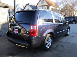 2010 Dodge Grand Caravan SXT Milwaukee, Wisconsin 3