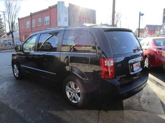 2010 Dodge Grand Caravan SXT Milwaukee, Wisconsin 5