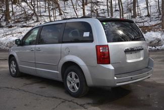 2010 Dodge Grand Caravan SXT Naugatuck, Connecticut 2