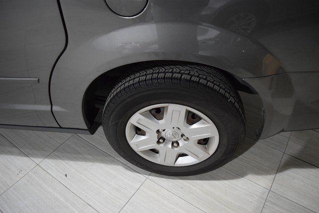 2010 Dodge Grand Caravan SE Richmond Hill, New York 3