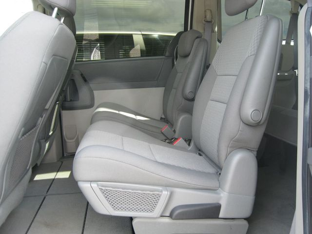2010 Dodge Grand Caravan SE Richmond, Virginia 12