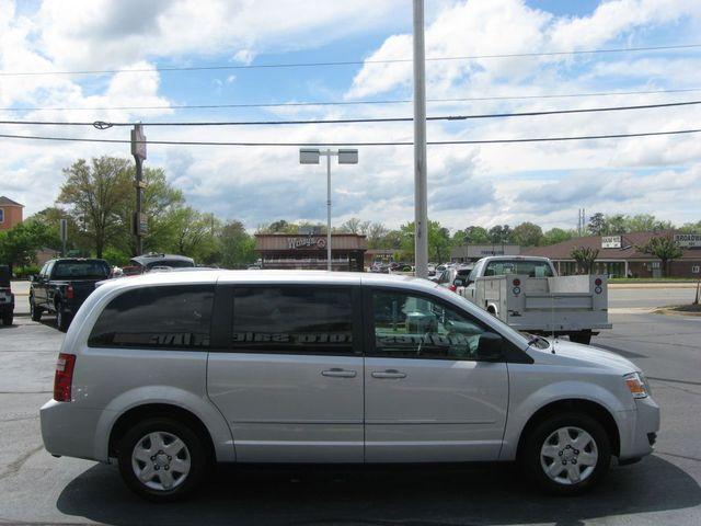 2010 Dodge Grand Caravan SE Richmond, Virginia 4