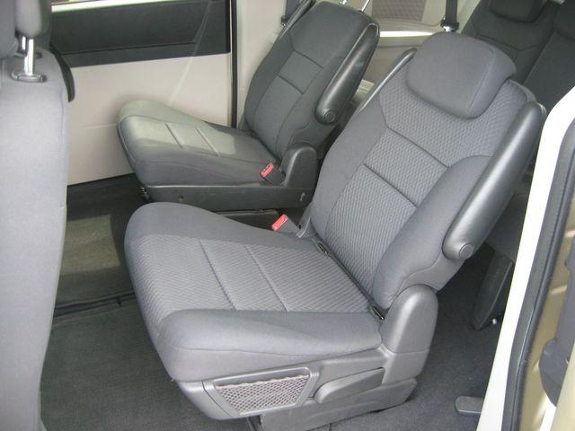 2010 Dodge Grand Caravan SE Richmond, Virginia 13