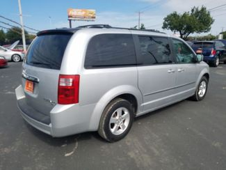 2010 Dodge Grand Caravan SXT San Antonio, TX 5