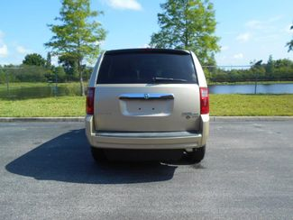 2010 Dodge Grand Caravan Sxt Wheelchair Van................. Pinellas Park, Florida 4