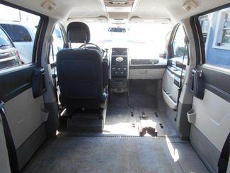2010 Dodge Grand Caravan Sxt Wheelchair Van................. Pinellas Park, Florida 6