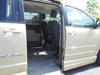 2010 Dodge Grand Caravan Sxt Wheelchair Van................. Pinellas Park, Florida 8