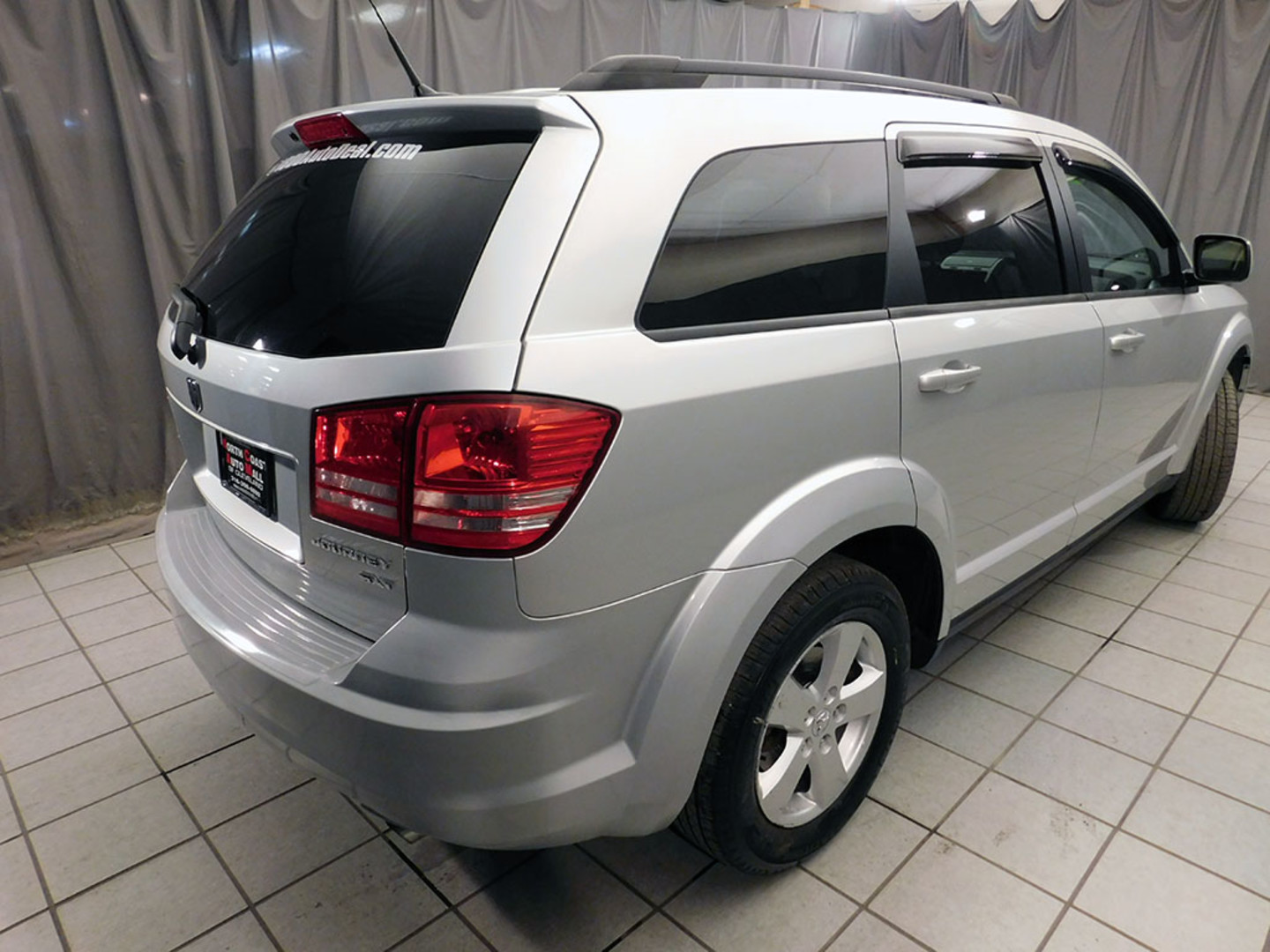 2010 dodge journey sxt as low as 999 down city ohio north coast auto mall of cleveland. Black Bedroom Furniture Sets. Home Design Ideas