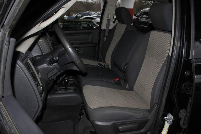 2010 Dodge Ram 3500 Crew Cab Long Bed 4x4 -TRUE MANUAL SHIFT! Mooresville , NC 8