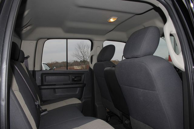 2010 Dodge Ram 3500 Crew Cab Long Bed 4x4 -TRUE MANUAL SHIFT! Mooresville , NC 34