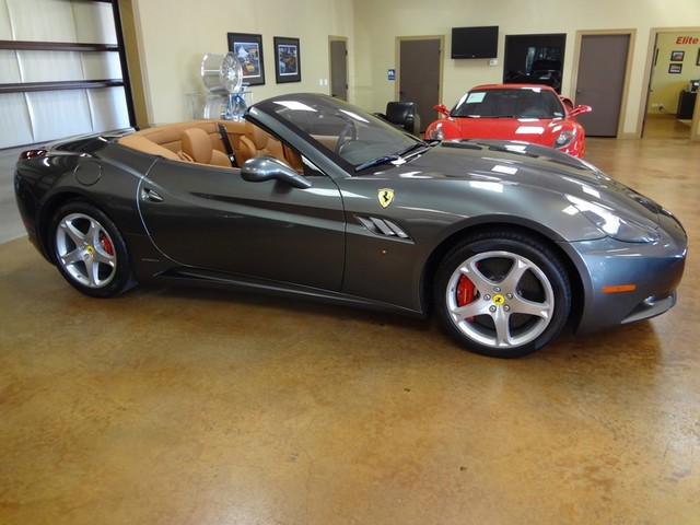 2010 Ferrari California Austin , Texas 9