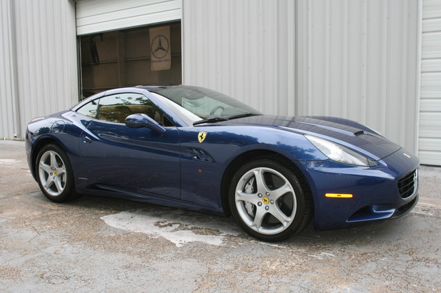 2010 Ferrari California Houston, Texas 3