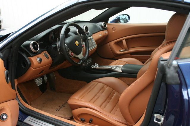 2010 Ferrari California Houston, Texas 8