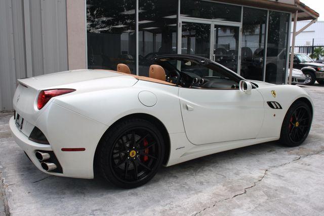2010 Ferrari California Houston, Texas 11
