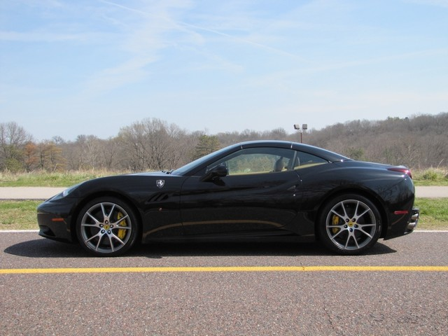 2010 Ferrari California St. Louis, Missouri 2