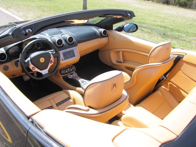 2010 Ferrari California St. Louis, Missouri 15