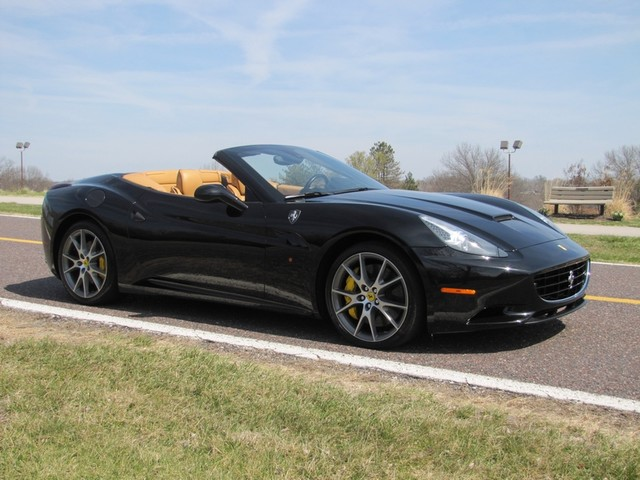 2010 Ferrari California St. Louis, Missouri 18