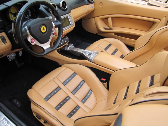 2010 Ferrari California St. Louis, Missouri 24